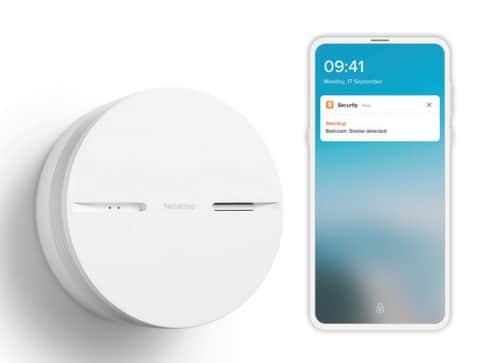 Detector inteligent de fum cu alerta smartphone, Netatmo detector inteligent de fum